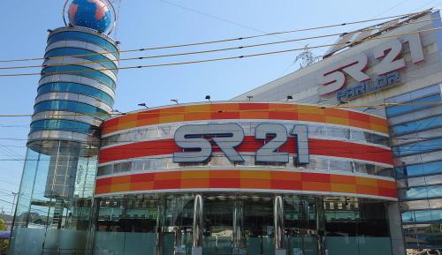 SR21中川店